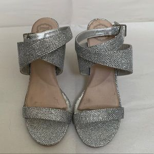 Call it Spring Silver Heel size 5